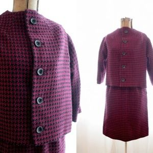 Vintage 1960s hounds tooth suit set jacket skirt